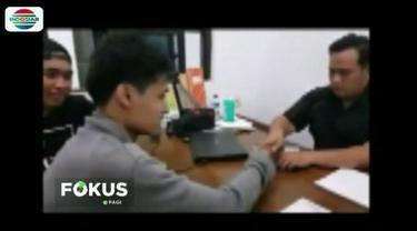 Lakukan pungli saat pengambil jenazah korban tsunami Selat Sunda di RSDP Serang, tiga orang telah ditetapkan sebagai tersangka oleh Polda Banten.