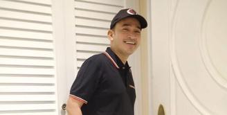Sekarang ini, Ruben Onsu bisa dibilang sudah berada di puncak kesuksesan. Selain berkarier di dunia hiburan, Ruben juga merupakan seorang pebisnis. Namun di balik itu semua, Ruben pun pernah mengalami masa lalu yang kelam. (Instagram/ruben_onsu)