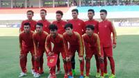 Timnas Indonesia U-19 melawan Iran di Stadion Mandala Krida, Yogyakarta, Rabu (11/9/2019). (Bola.com/Vincentius Atmaja)