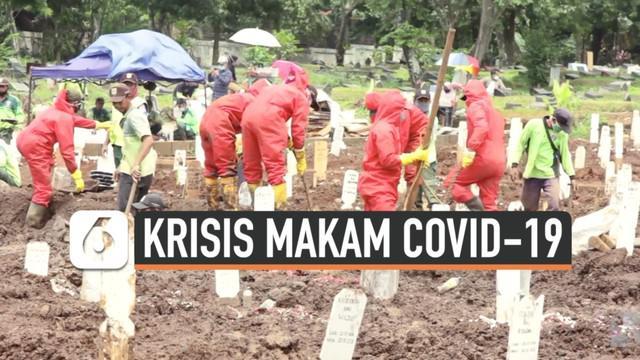 Angka kasus positif COVID-19 telah tembus satu juta di Indonesia diiringi meningkatnya angka kematian, termasuk di ibu kota negara. Di tengah krisis lahan pemakaman, pemerintah DKI Jaya terus berpacu dengan waktu mempersiapkan tambahan lahan khusus j...