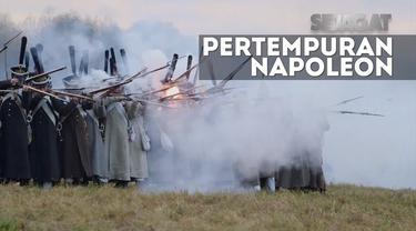 Reka ulang pertempuran Maloyaroslavets ini dilakukan oleh klub rekonstruksi sejarah Rusia.