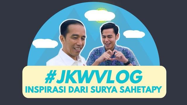 Presiden Joko Widodo belajar bahasa isyarat bersama Surya Sahetpy, Putra Dewi Yull dan Ray Sahetapy.