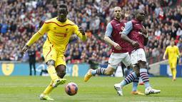 Gol striker Mario Balotelli sempat dianulir oleh wasit