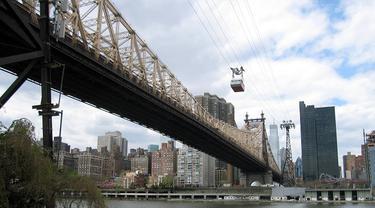 East River di New York, Amerika Serikat