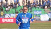 Cristian Gonzales saat membela PSIM melawan Persik Kediri (1/7/2019). (Bola.com/Vincentius Atmaja)