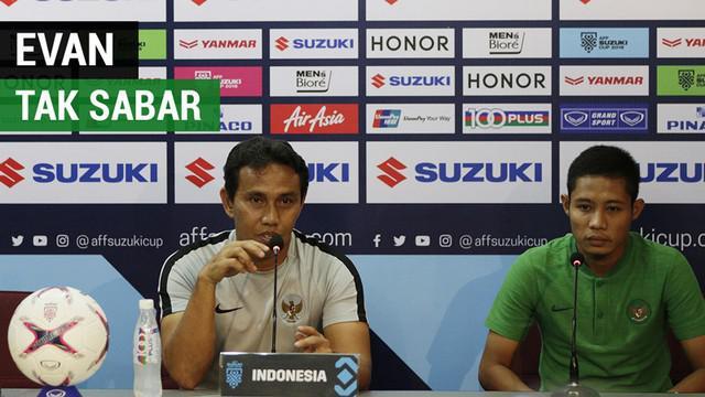 Berita video vlog Bola.com kali ini menjelang laga ketiga Timnas Indonesia di Piala AFF 2018 melawan Thailand di Bangkok. Evan Dimas mengaku sudah tak sabar melakoni pertandingan berat tersebut.