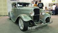 Replika Ford Hot Rod lansiran 1932 karya Geahead Monkey Garage dipajang di IMX 2018. (Herdi Muhardi)