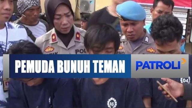 Polisi kemudian menangkap tiga dari empat pelaku dan terpaksa dilumpuhkan dengan timah panas karena mencoba kabur.