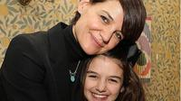 Suri Cruise, putri Tom Cruise dan Katie Holmes. (dok.Instagram @suri.cruise.official/https://www.instagram.com/p/Buwj1xInPK6/Henry)
