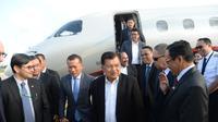 Eks Presiden Jusuf Kalla tiba di Pnom Penh, Kamboja. (Source: Tim Media JK)