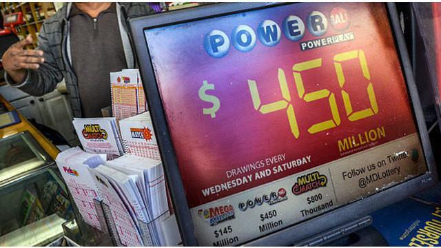 Jutaan rakyat Amerika Serikat (AS), pada pekan ini mencoba peruntungan mereka untuk memenangkan lotre dengan hadiah terbesar sepanjang sejarah. Undian lotre ini diadakan oleh Powerball, salah satu perusahaan judi terbesar di AS.