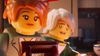 Karakter Koko, disuarakan oleh Olivia Munn (kiri) dan Lloyd, disuarakan oleh Dave Franco, dalam sebuah adegan di film Lego Ninjago. Film ini dijadwalkan akan dirilis di Amerika Serikat pada tanggal 22 September 2017. (Warner Bros. Pictures via AP)