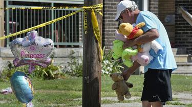 Kebakaran menghanguskan tempat penitipan anak atau daycare di Erie, Pennsylvania. (Greg Wohlford/Erie Times-News via AP)