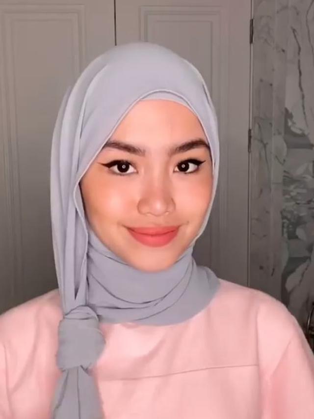 6 Cara Pakai Hijab Pashmina Sifon Simpel Dan Elegan Hot Liputan6 Com