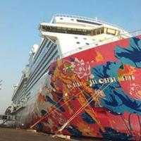 Kapal pesiar Genting Dream (Foto:instagram@surabayasparkling)