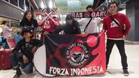 Suporter Indonesia berangkat menuju Malaysia untuk mendukung Timnas Indonesia U-16 di Piala AFC U-16 2018. (Dok. Pribadi)