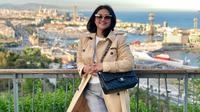 Bella Saphira mengingat kembali memori saat berlibur ke Barcelona sebelum pandemi corona Covid-19. (dok. Instagram @bellasaphiraofficial/https://www.instagram.com/p/CCLOLg0HSSU/Putu Elmira)