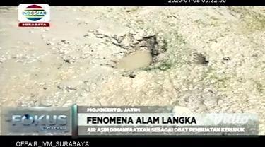 Air asin yang muncul di persawahan Dusun Brayukulon, Desa Brayublandong, Kecamatan Dawarblandong, Kabupaten Mojokerto ada di 10 titik. Fenomena alam ini tergolong aneh karena sulit ditemukan sumber air di wilayah ini.
