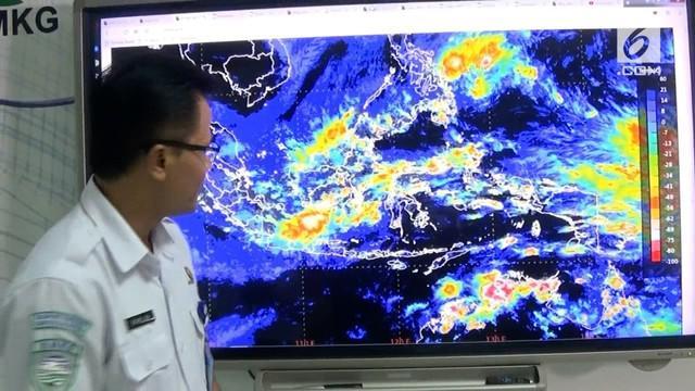 Dalam 3 hari kedepan Jabodetabek akan dilanda cuaca ekstrem, BMKG memperkirakan hujan dengan intensitas tinggi disertai angin kencang.