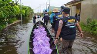 Berkolaborasi Menerjang Banjir dan Menyalurkan Bantuan untuk Korban Banjir Kalsel. foto: istimewa