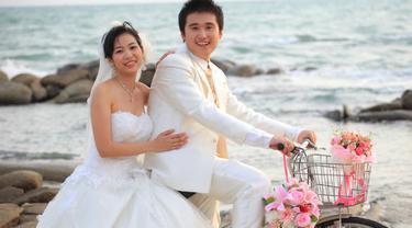 Ide Menarik Untuk Ciptakan Foto Prewedding Unik Ii Lifestyle