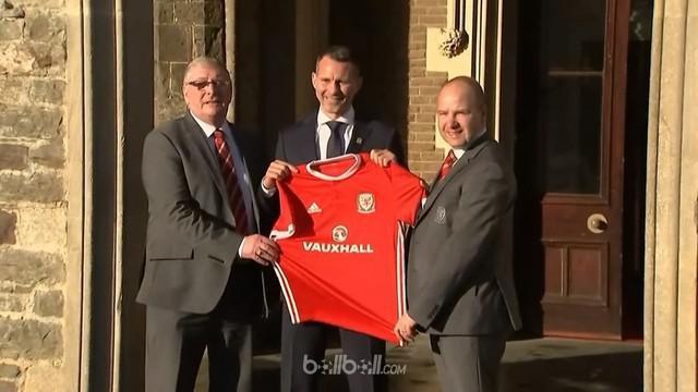 Mantan pemain Manchester United, Ryan Giggs, resmi menjabat sebagai pelatih tim nasional Wales pada Senin (15/1/2018).