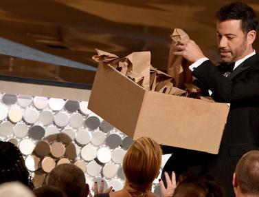 20160918-Emmy Awards 2016 Seru dengan Pembagian Sandwich-Los Angeles