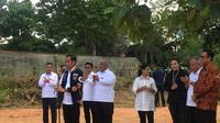 Presiden Jokowi saat meninjau langsung pencanangan Gerakan Pemasangan Patok Tanda Batas Bidang Tanah di Kecamatan Kadia Kota Kendari Sulawesi Tenggara, Sabtu (2/3/2019).