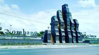 Tugu Jombang. (dok. Instagram @bangjonesia/ https://www.instagram.com/p/BAG00CLHhsT/?igshid=7rzfuvondrsq / Melia Setiawati)