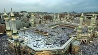 Tahukah kamu? Di balik kemegahan Masjidil Haram, ternyata ada orang-orang yang berperan penting di sana.