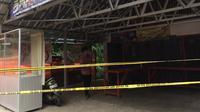 Kondisi pedagang nasi Wong Brebes yang menjadi korban penembakan misterius mulai membaik. (Liputan6.com/Panji Prayitno)