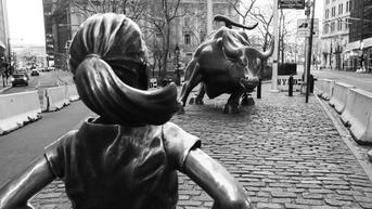 Wall Street Lesu Imbas Investor Khawatir Kenaikan Kasus COVID-19