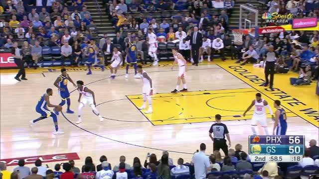 Berita video game recap NBA 2017-2018 antara Golden State Warriros melawan Phoenix Suns dengan skor 117-107.