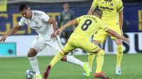 Gelandang Real Madrid, Casemiro, menyebut timnya masih banyak kekurangan setelah bermain imbang 2-2 melawan Villarreal pada laga pekan ketiga La Liga 2019-2020, Minggu (1/9/2019). (AP Photo/Alberto Saiz)