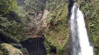 Air terjun Aek Nadua yang terletak di Lumban Tonggo-tonggo. (dok. pariwisatasumut.net/Esther Novita Inochi)
