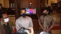 Wakil Ketua Kadin Anindya Bakrie gelar pertemuan tertutup selam 1,5 jam dengan Wali Kota Solo Gibran Rakabuming Raka di Balai Kota Solo, Jumat, 9 April 2021. (Liputan6.com/ Fajar Abrori)