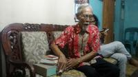 Lantaran terlibat penculikan Jenderal Nasution, bekas prajurit Cakrabirawa, Sulemi, meringkuk di penjara selama 15 tahun. (Foto: Liputan6.com/Muhamad Ridlo)