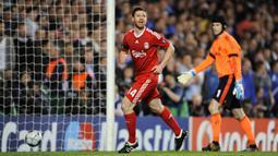 Xabi Alonso - Gelandang Timnas Spanyol ini dijual Liverpool ke Real Madrid pada 2009 dengan transfer senilai 34,5 juta euro. (AFP/Adrian Dennis)