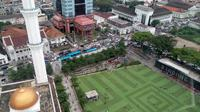 Ada beberapa objek wisata di Bandung yang bisa dikunjungi saat libur panjang, misalnya Taman Alun-Alun (Liputan6.com/Huyogo Simbolon).