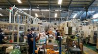 Salah satu pabrik produsen pembalut dan popok di Indonesia mendukung program daur ulang popok bekas pakai. (Foto: Liputan6.com/Dian Kurniawan)