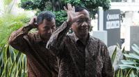 Mantan Ketua Mahkamah Konstitusi Mahfud MD tiba di gedung KPK akan melakukan petermuan dengan pimpinan KPK di Jakarta, Kamis (13/9). Pertemuan membahas pencegahan tindak pidana korupsi di Indonesia. (Merdeka.com/Dwi Narwoko)