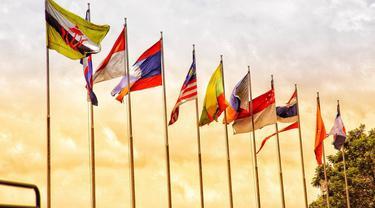 Ilustrasi bendera negara anggota ASEAN