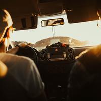 Seorang penumpang taksi online menceritakan pengalamannya yang unik saat berbincang dengan driver taksi online. (Ilustrasi: Pexels.com)
