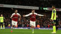 Gelandang Arsenal, Lucas Torreira, berhasil mencetak gol tunggal kemenangan timnya atas Huddersfield Town pada laga pekan ke-16 Premier League di Stadion Emirates, Sabtu (8/12/2018). (AFP/DANIEL LEAL-OLIVAS)