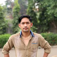 Ibnu Jamil  berharap tak ada orang yang diseret-seret dalam permasalahan rumahtangganya (Andy Masela/Bintang.com)