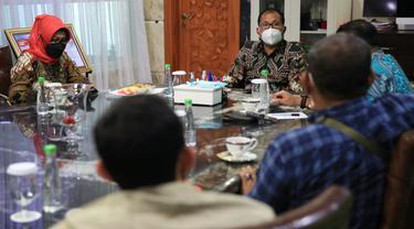 Pelaku UMKM temui Wali Kota Makassar Danny Pomanto (Liputan6.com/Fauzan)