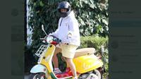 Justin Bieber naik Vespa Primavera Sean Wotherspoon (@AdibHidayat)