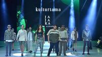 Koleksi Jajaka X Ivan Gunawan bersama Tokopedia di Indonesia Fashion Week (Instagram @ivan_gunawan)