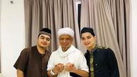 Ustaz Arifin Ilham dan kedua anaknya/instagram