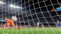 Barcelona keok 0-3 dari Bayern Munchen pada pertandingan perdana fase grup E di Camp Nou, Rabu (15/9/2021). (AFP/Luis Gene)